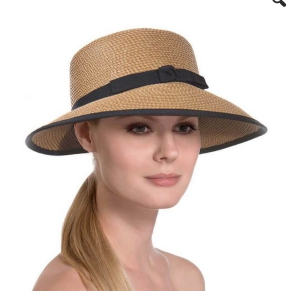 Eric Javits Other - Eric Javits Suncrest Packable Hybrid Fedora Visor bb1584438ef